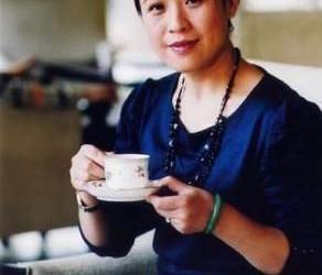 陈安妮演绎中国红茶故事