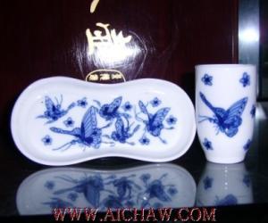 �香杯-�觚�茶特有的茶具