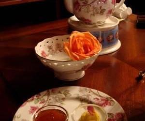 """喝茶能防冬季常见病 """"乌花红绿""""各显神通"""