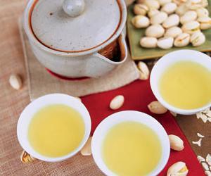 夏日清泉翡翠茶