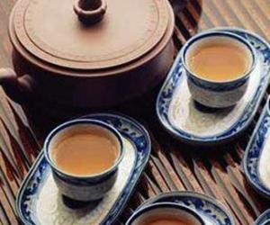 黑茶冲泡茶具:黑茶适合用什么茶具冲泡