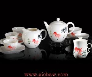 �m宜白茶�_泡的茶具-白瓷-黑瓷