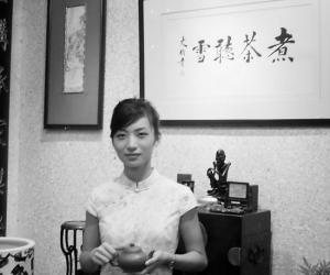 """龙井之乡暗起""""普洱旋风""""云南籍女大学生在杭创业(图)"""