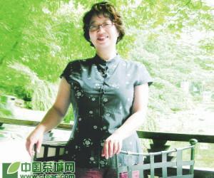 一位篆刻艺术家的茶之恋——访著名篆刻家骆芃芃(图)