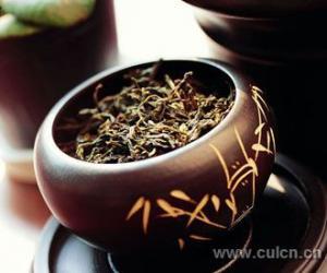 黑茶―对付腹部脂肪的有力武器