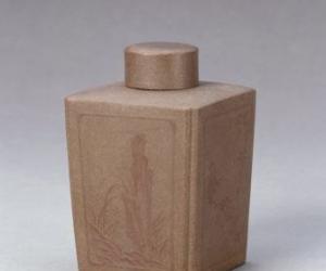 清雍正紫砂花卉竹石纹茶叶罐