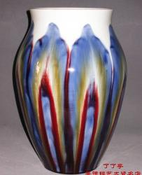 颜色釉色彩特性与综合装饰