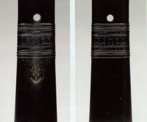 玉变形人面纹斧