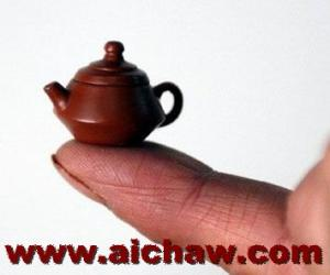 朱泥壶与紫砂壶的区别