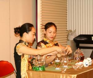 茶艺表演:中式传统泡茶法