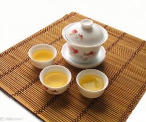 """连州白茶""""藤婆茶"""""""