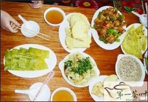 青海土族的格茶与储藏茶叶习俗
