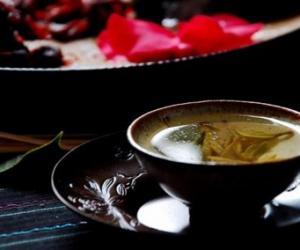 普洱茶诗:秋芳秋茶 凝聚韵意