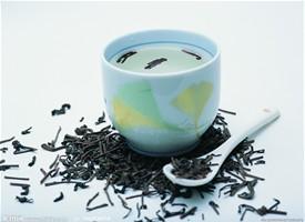菊花茶的功效与饮用注意事项