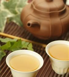 蔬菜汤加糙米茶 保健又养生