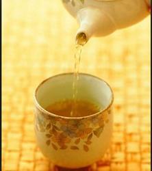午子绿茶中喝出的养生之道