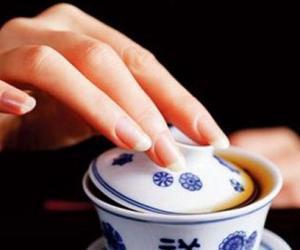 回族喝盖碗茶的讲究