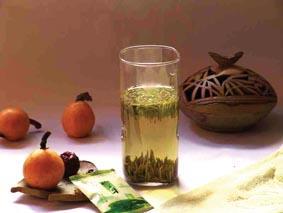 日专家发现 每天十杯绿茶能预防癌症