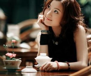 喝绿茶缓解经前综合症