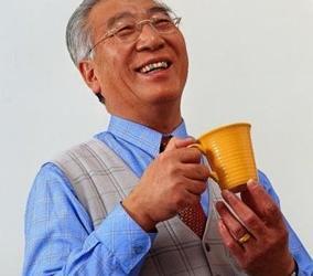 老人喝茶有三宜