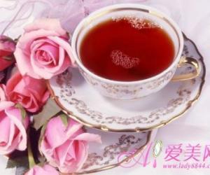 初春手脚冰凉 来杯红枣茶暖身体