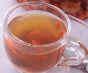 桂圆泡茶:健脑益智功效好
