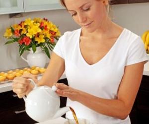 每天3杯茶可防止心�K病和中�L