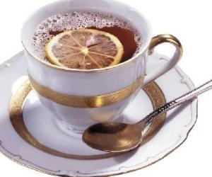 常饮柠檬红茶促消化