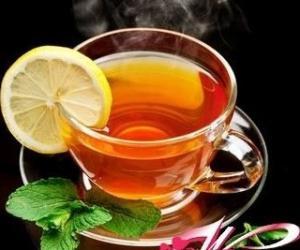 女性适量饮茶帮你养生又养颜