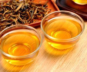 云南滇红茶图片_滇红茶泡茶图片_滇红茶汤图片